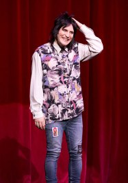 Noel-Fielding-On-Stage