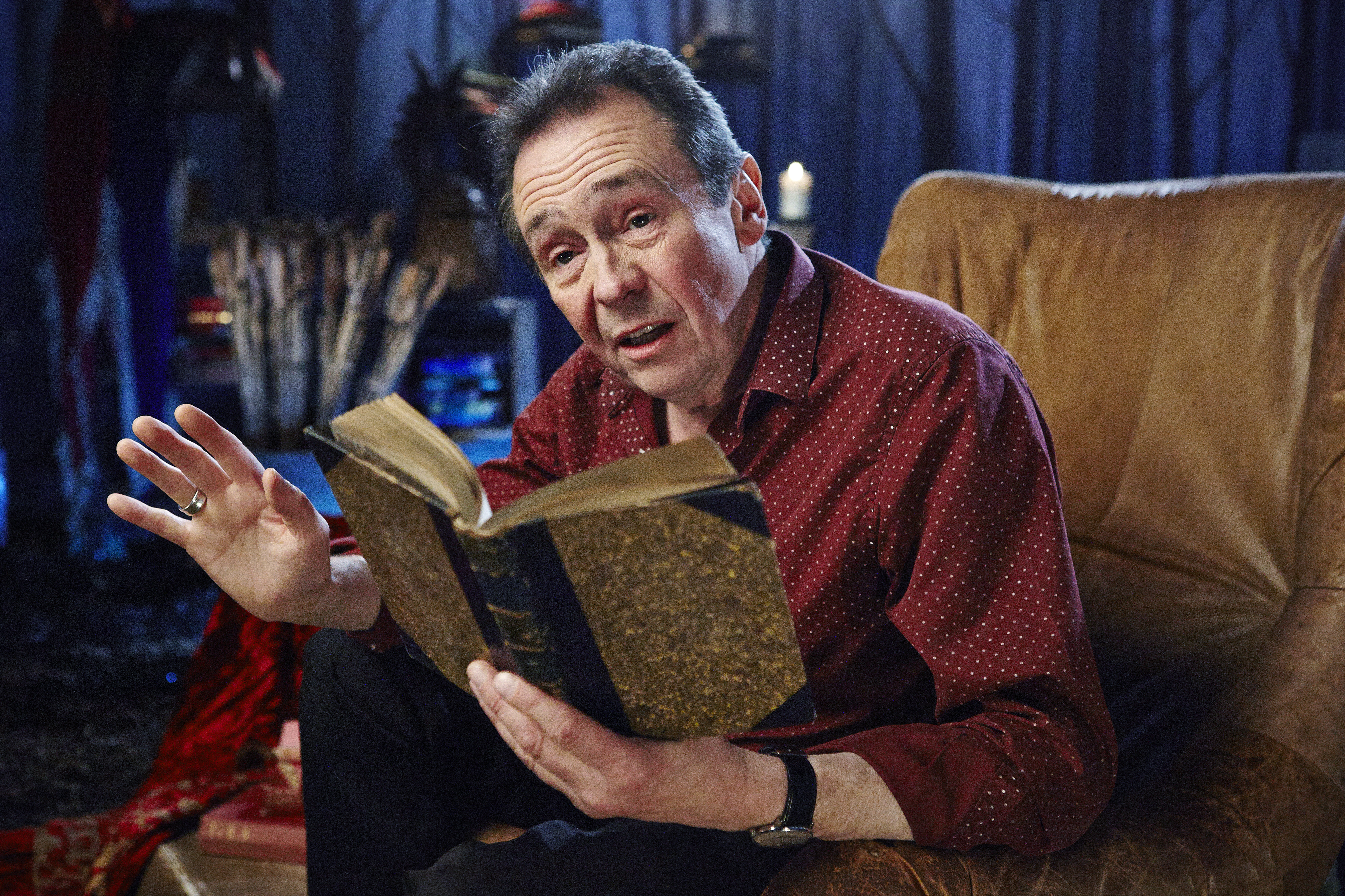 Crackanory – Series 3 – Episode 01 – PaulWhitehouse