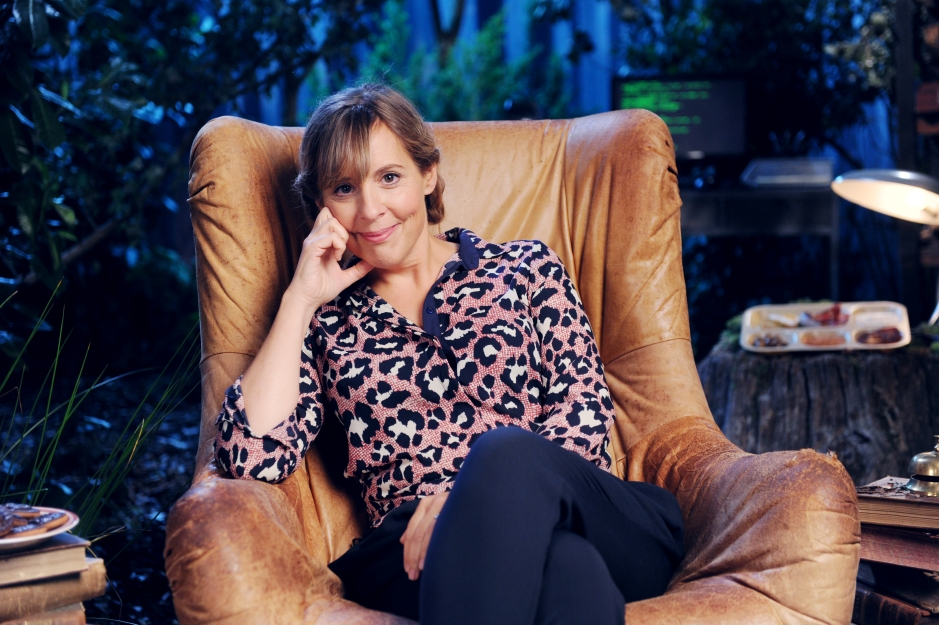 Crackanory S4 - Episode 5 - Mel Giedroyc - Proxy Lady
